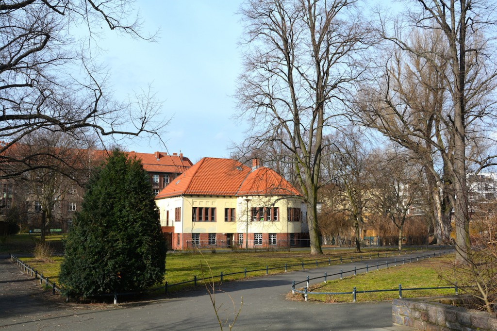 Frei-Zeit-Haus am Kreuzpfuhl in Berlin Weißensee