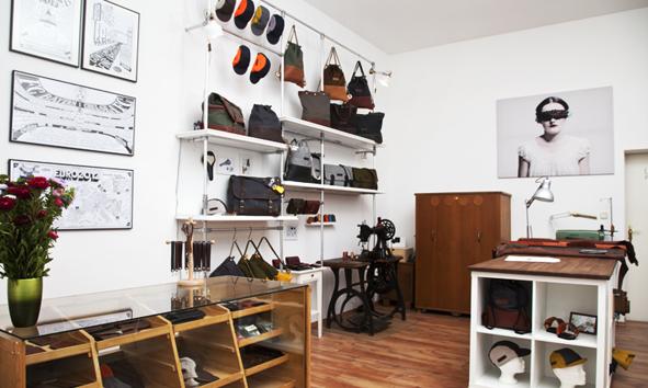 nebenan am see matzmate frollein wei ensee. Black Bedroom Furniture Sets. Home Design Ideas